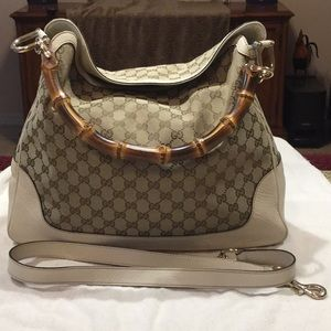 GUCCI BAG- USED ONLY HANDFULL OF TIMES - W/DUSTBAG